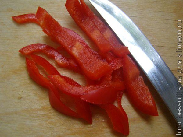 жареная  курица с овощами, перец болгарский