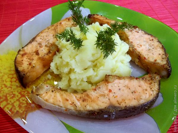 что приготовить из красной рыбы в духовке