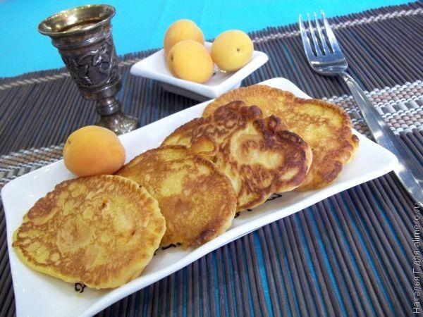 Оладьи с абрикосами