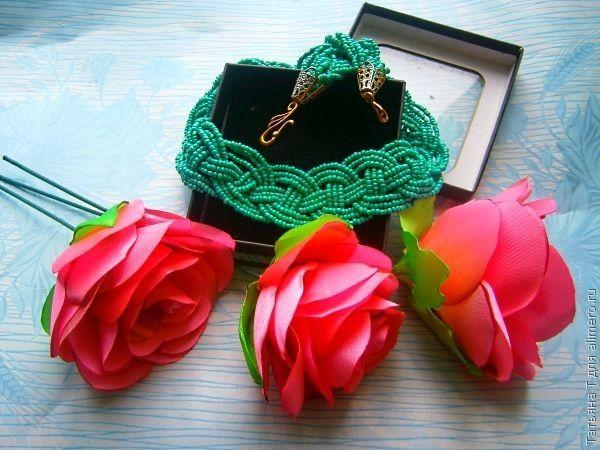 Бисерное ожерелье в кельтском стиле