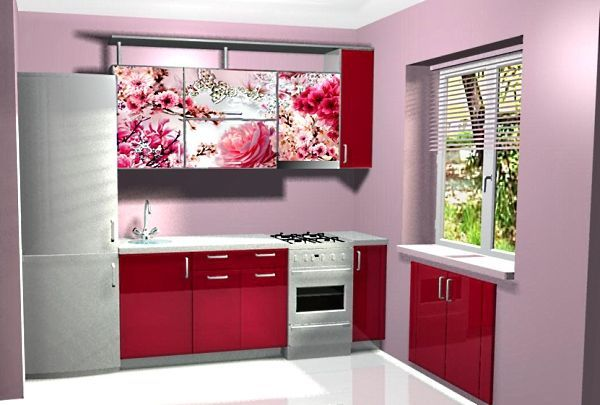 Я не очень люблю красный цвет в интерьере, но в этом гарнитуре он получился более чем уместным. Дополненный принтом  с изображением цветущих роз, красный цвет теряет свою агрессивность.