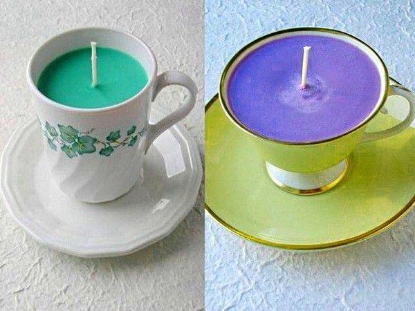 Чашки, которые потрескались только с внутренней стороны, можно сделать оригинальными подсвечниками. Растопленный на водяной бане воск или парафин (можно с добавлением красителя) нужно залить в чашку с, зафиксированным в ней, фитильком.