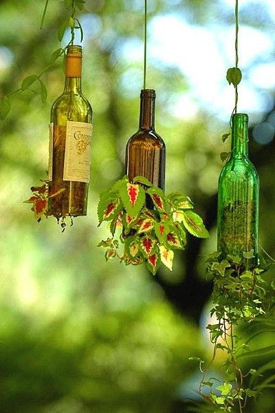 Стеклянные бутылки в интерьере