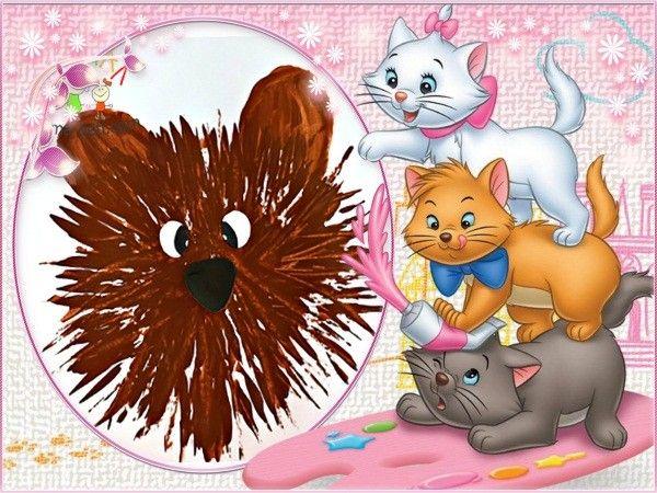 1. Уши медвежонка можно нарисовать обратной стороной вилки или просто пальчиками, а носик и глазки вырезать из бумаги.