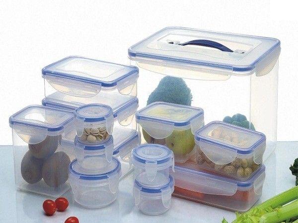 4. Устранить неприятный запах из пластиковых контейнеров. Протереть их тканью, пропитанной уксусом.
