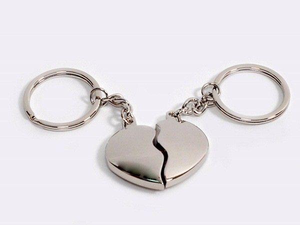 Брелок из двух половинок сердца - для любимой половинки