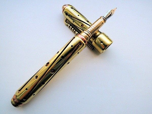 Стильная ручка - для солидного мужчины