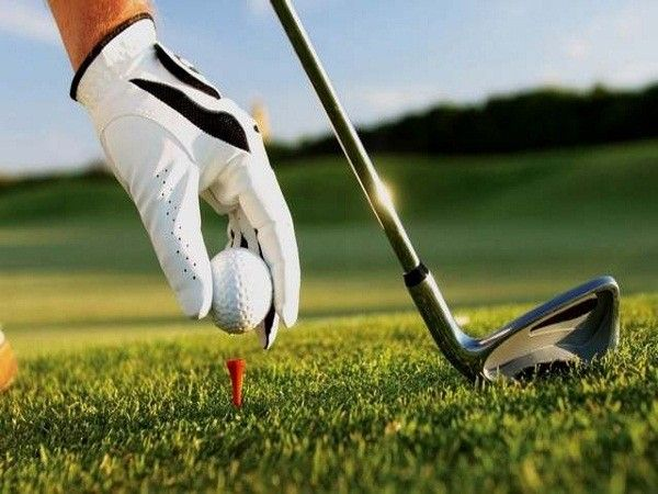 Сертификат в гольф-клуб – для солидного мужчины