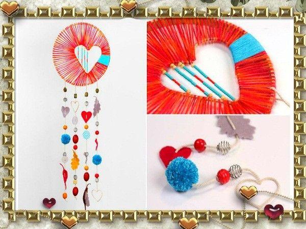 Для создания такого романтического ловца снов вам надобится: металлическая вешалка, плоскогубцы, пяльцы или обычный круг, вырезанный из прочного картона, красные, розовые, голубые толстые нити, ножницы, клей, разнообразные пуговицы, бусины, бисер, куски ткани или фетра.
