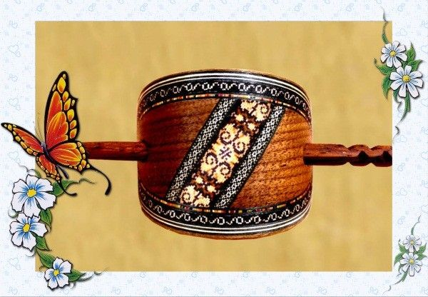 Деревянная заколка с палочкой для прически конский хвост.