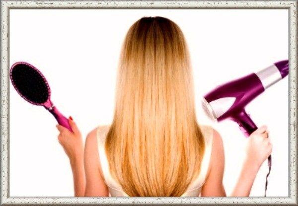 Чтобы после сушки феном волосы не топорщились, сбрызните расчёску лаком для волос и пройдитесь ей по волосам. Осторожно! Сбрызнув волосы, а не расчёску, вы получите эффект склеенности.
