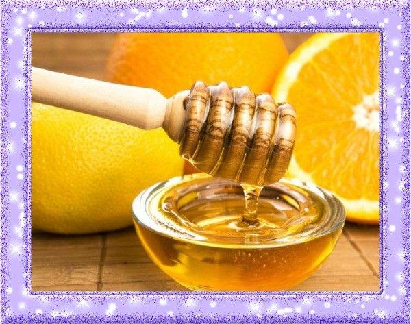 15. Лекарство для горла. Чтобы избавиться от первых симптомов простуды, болей в горле, нужно смешать лимонный сок, мёд и воду и полоскать горло.