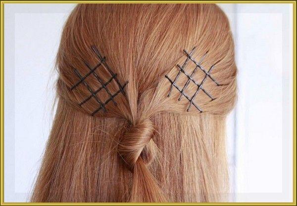 19. Закрепить и украсить волосы можно обыкновенными невидимками. Просто расположите заколки выбраным узором и сбрызните прическу лаком.