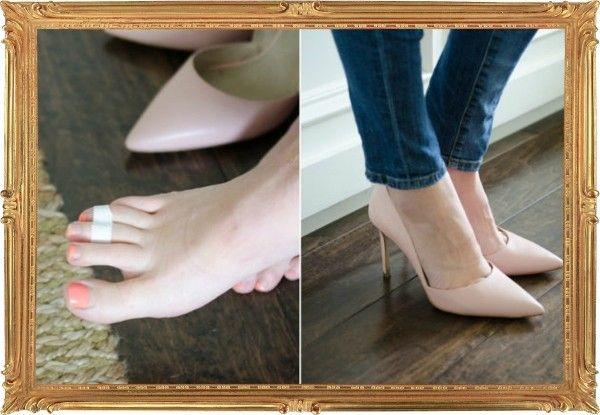 2. Обувая туфли с узким носком, с помощью пластыря соедините вместе средний и безымянный палец на каждой ноге. Это позволит снизить нагрузку на косточки – обычно, слабое место большинства женщин. Суровым мужским ногам этот трюк также поможет.