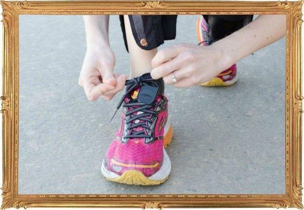 5. Купили новые кроссовки для бега? Привяжите к шнуркам ключи, пока используете покупку по назначению. Это освободит вам руки и избавит от потребности в карманах, которые отнюдь не помогают пробежке.