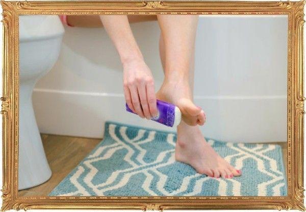 12. Чтобы не было мозолей, обработайте «опасные» участки кожи сухим дезодорантом.