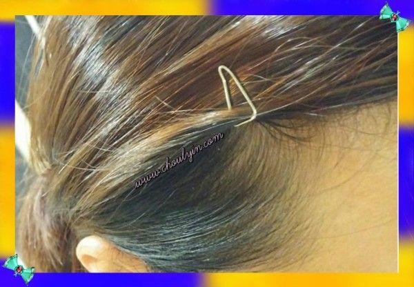 9. Скрепкой можно убрать челку со лба, и вообще, - использовать скрепки в качестве заколок.