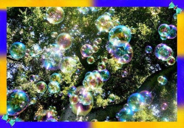 23. Ну и напоследок, скрепку можно использовать, как рамку для выдувания мыльных пузырей.