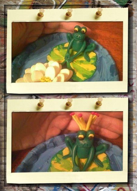 3. Принцесса лягушка. Посадим лягушку на лист кувшинки. У нас настоящая принцесса, поэтому сделаем ей корону! Для этого берем пластилин желтого цвета и катаем тонкие длинные колбаски. Сгибаем каждую колбаску пополам и делаем веер. На каждый кончик лучика короны прилепим маленький шарик из красного пластилина и украсим короной голову лягушки.