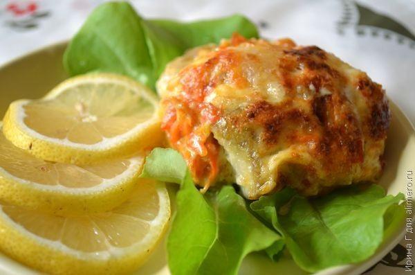 Рыба с овощами, запеченная в сметане