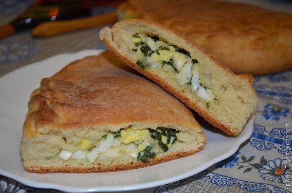 пресные пироги с луком и яйцом рецепт