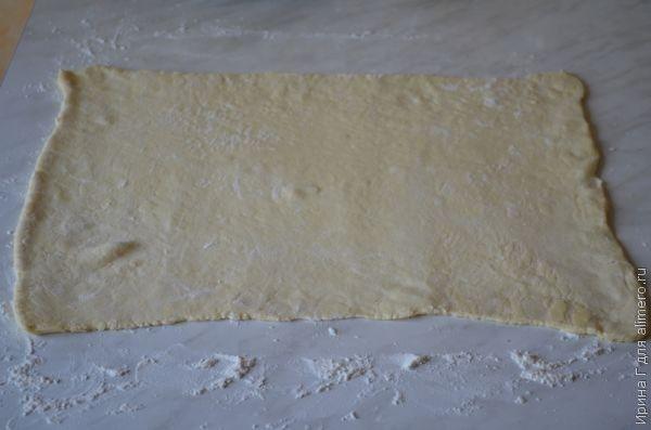 сырные колечки из слоеного теста