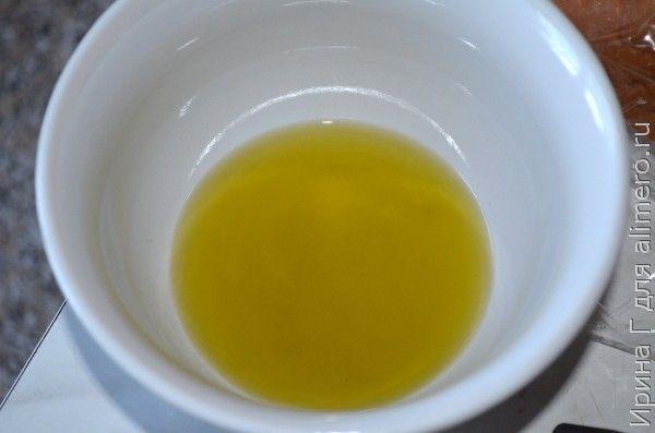 салат с кунжутом и базиликовым маслом