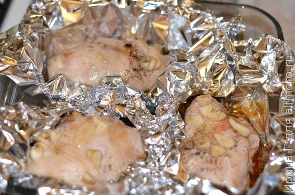 куриное филе в фольге с соевым соусом и медом