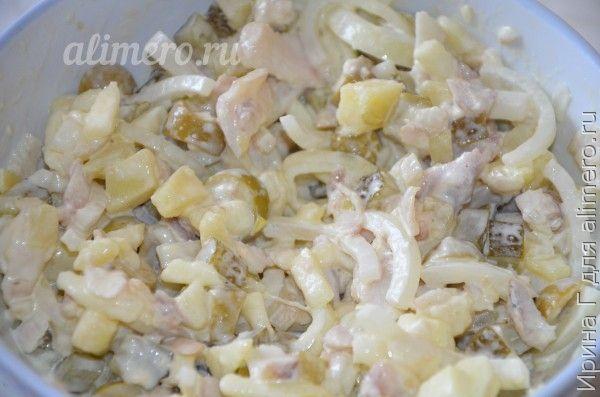 рыбный салат с оливками