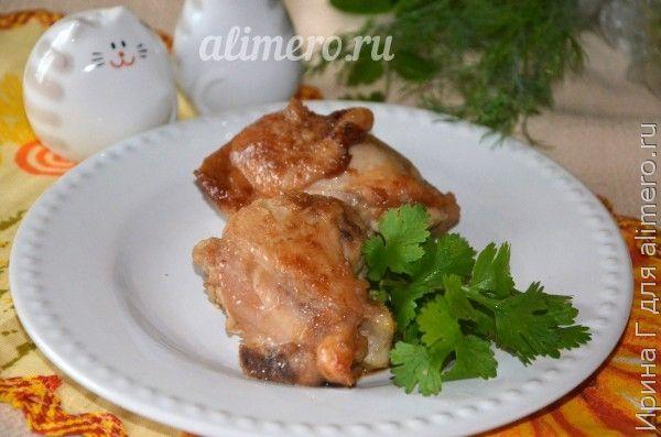 Курица жареная на сковороде с соевым соусом