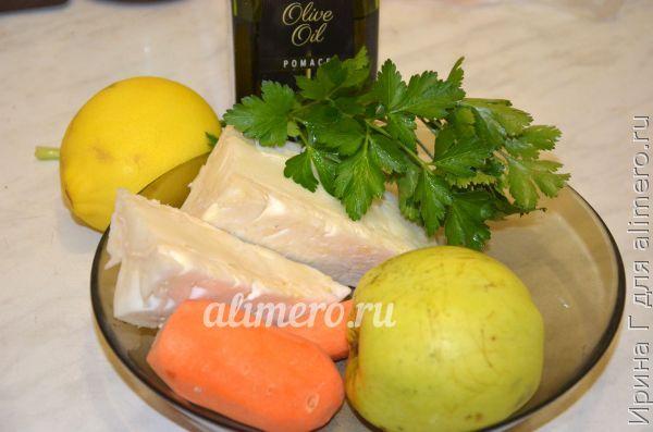 салат из моркови с яблоком и капустой