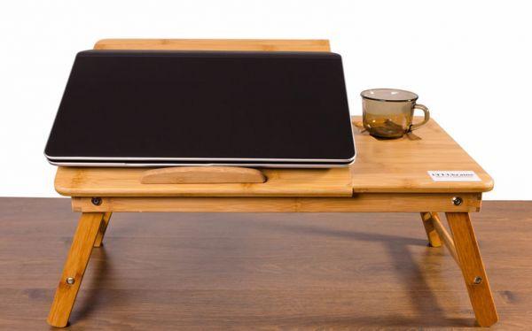 Любимой мамочке приходится много сидеть у компьтера? Отличным приобретением для нее станет подставка для ноутбука из натурального дерева. Заказать ее можно через интернет-магазин или купить в мебельном салоне. Также эту подставку можно использовать в качестве столика (для завтраков, к примеру).