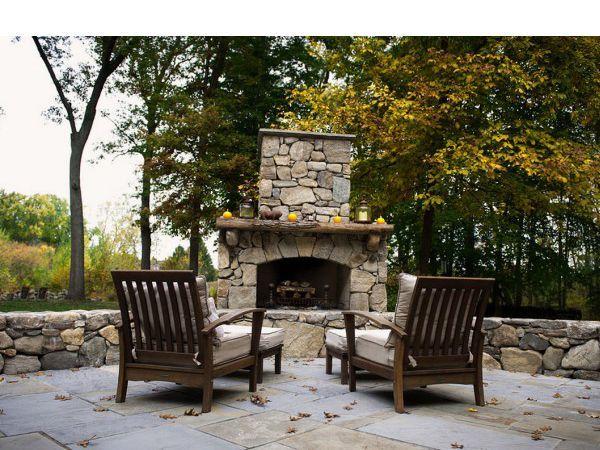 Камины в интерьере  — источник комфортной теплоты. Это стильно, красиво и к тому же доступно. Если у владельцев жилья нет возможности построить настоящий камин, то всегда можно установить электрическую модель.