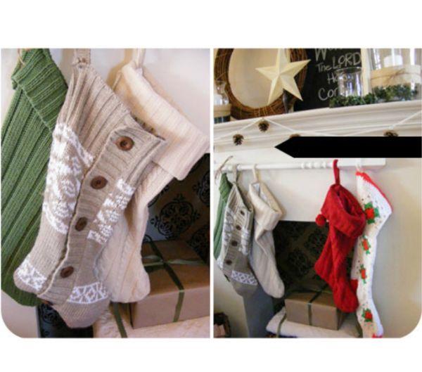 Можно сделать очаровательные вязаные новогодние носочки для подарков: просто приложите к свитеру любой носок или любой понравившийся шаблон. Дело займет у вас не более получаса!