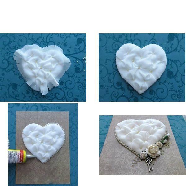 Сердце можно нарисовать от руки или распечатать шаблон, найденный в интернете. Дизайн открытки можно менять в зависимости от ваших предпочтений. Цвет сердечка также может быть другой.