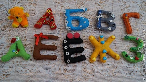 Алфавит из фетра для ребенка