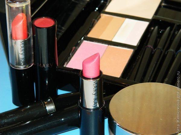 Как хранить декоративную косметику