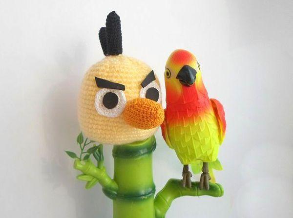 """Игрушка """"Энгри бердс"""", забавная птичка. Чтобы связать такую птичку, необходим крючок № 2."""