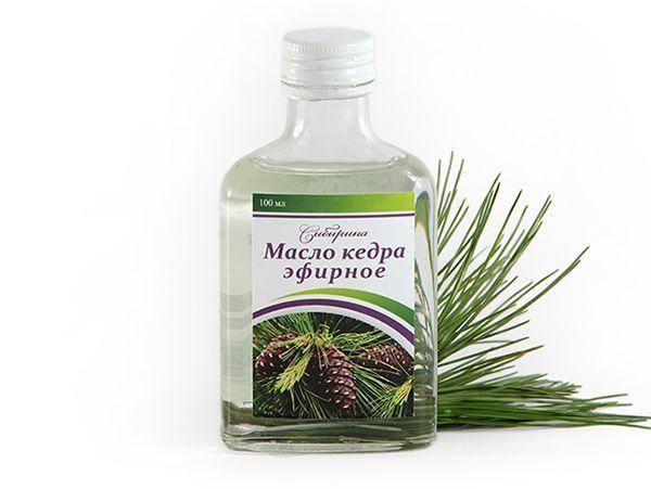 Эфирное масло кедра. Выводит камни из организма, шлаки, лечит язвы, ревматизм, подагру, артриты, гнойные раны и ожоги. Эффективно при лечении кожных заболеваний, как успокаивающее, омолаживающее кожу. Препятствует выпадению волос и образованию перхоти. Способы применения: аромалампы - 2-8 капель; ингаляции - 1-3 капли, длительностью 5 мин.; сауны, ванны - 2-8 капель; массаж - 5 капель на 10-15 г раст.масла; растирание - 5-8 капель на 10 мл спирта; компрессы - 5 капель; внутрь 1 капля на кусочек хлеба 3 раза в день.