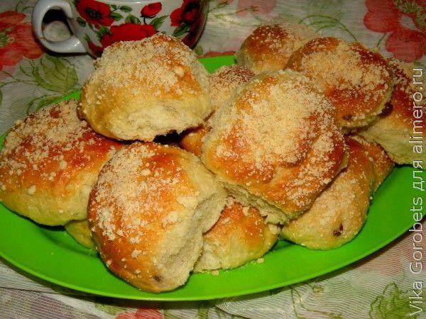 Майские булочки