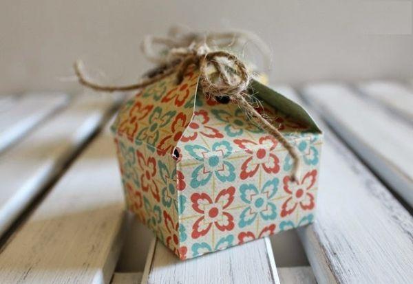 14. Подходящие подарки можно условно разделить на три категории: практичные для дома, косметические для тела и мемориальные на память.