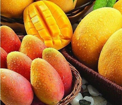 14. Замороженные кусочки манго – 160 грамм. Манго содержит бета-каротин, клетчатку и много витамина С. Этот чудесный экзотический фрукт содержит все необходимое для хорошего пищеварения и избавления от шлаков.