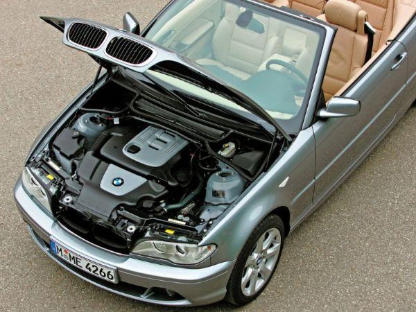 Силикагель поможет двигателю вашей машины пережить холодную зиму – просто насыпьте шарики в небольшой пакет, положите его на карбюратор автомобиля. Детали двигателя не поржавеют.