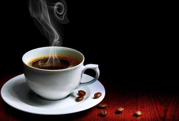Сахар помогает слизистой рта не только после острой пищи, но и при ожоге горячим напитком. Просто положите ложку с сахаром на язык, боль уйдет моментально.