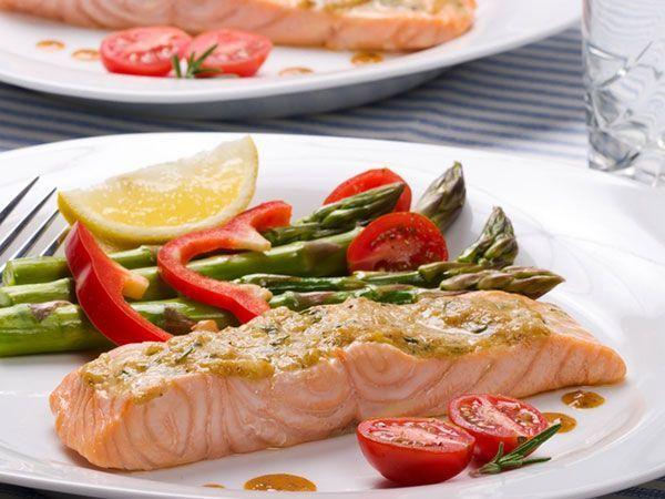 Запланируйте 5-6 приемов пищи в течение дня. Тем самым организм не будет входить в режим экономии и делать накопления в виде жировых запасов.