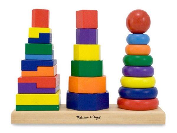 8. Попросите ребенка закрыть глаза (если он согласиться, завяжите глаза платком) и сидеть неподвижно, ожидая определенного сигнала. Например, когда третий раз прозвенит колокольчик. Или попросите ребенка что-то сделать с закрытыми глазами (сложить пирамидку, поставить машинку на подоконник, собрать с пола кубики).