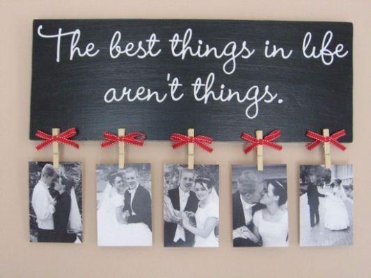 30 интересных идей размещения фото на стенах