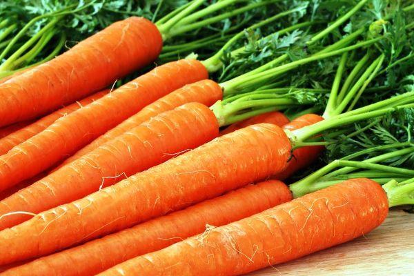 12.Чтобы у морковки был хороший вкус, ее надо варить 5-10 минут. Морковку также как и другие овощи варят на хорошем огне и солят в конце варки.