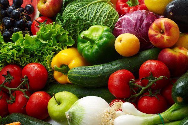 11.Овощи чистят или моют непосредственно перед тем, как опускают в суп или другое блюдо.