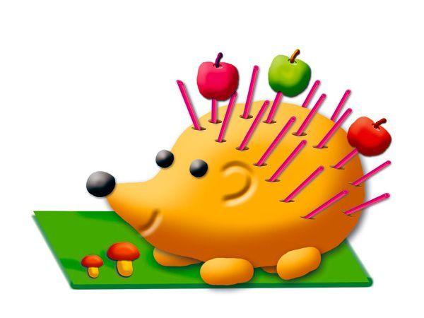 10. Вылепить ежика. В парке или лесу насобирать коротких тонких палочек. Сделать из пластилина короткую толстую колбаску и воткнуть в нее собранные палочки: получится ежик (от 3 лет).